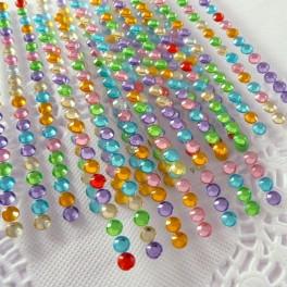 Kryształki samoprzylepne 4 mm kolorowe 140 szt.