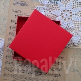 Pudełko na kartkę kwadratowe czerwone