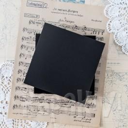 Pudełko na kartkę kwadratowe czarne