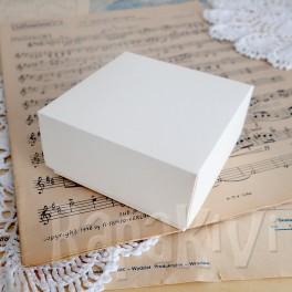 Pudełko mini 8x8x4 cm, 300 g, kremowe