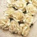 Eleganckie róże 40 mm kremowe