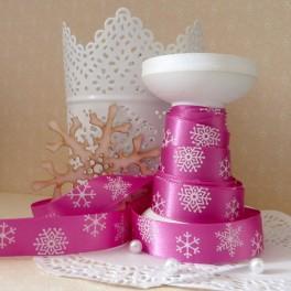 Wstążka w śnieżynki 16 mm różowa