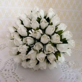 Pączki róż 10 mm białe