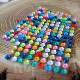 Kryształki samoprzylepne 6 mm miks