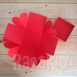 Exploding box z sercami czerwone