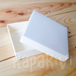Pudełko mini 8 x 8 x 2 cm, 300 g, kremowe